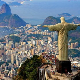 Stand at the feet of Christ the Redeemer - Bucket List Ideas
