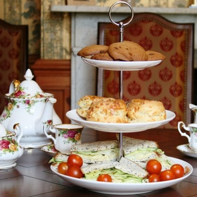 Go to afternoon tea - Bucket List Ideas