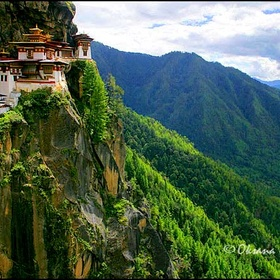 Travel to Bhutan and visit Tiger's Nest - Bucket List Ideas
