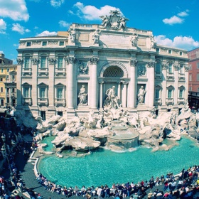 Throw a Coin and Make a Wish in the Trevi Fountain in Italy - Bucket List Ideas