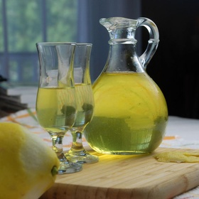 Make Homemade Limoncello - Bucket List Ideas