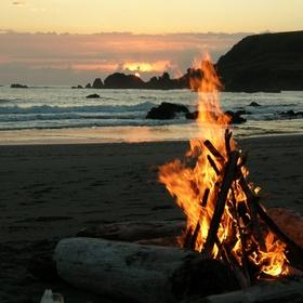 Attend a Beach Bonfire - Bucket List Ideas