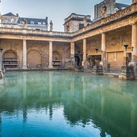 See the Roman baths in England - Bucket List Ideas