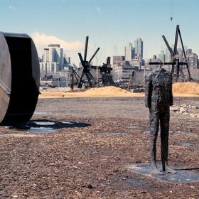 Visit Socrates Sculpture Park - Bucket List Ideas