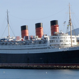 Visit the haunted ghost ship queen mary - Bucket List Ideas