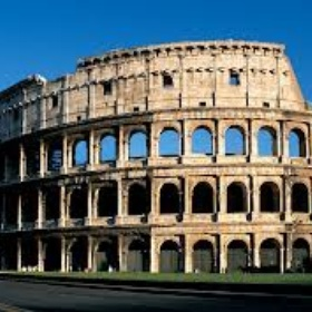 Visit the colusseum in rome, italy - Bucket List Ideas