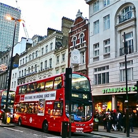 Go shopping on Oxford street - Bucket List Ideas