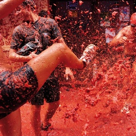 Go to la tomatina festival, spain - Bucket List Ideas