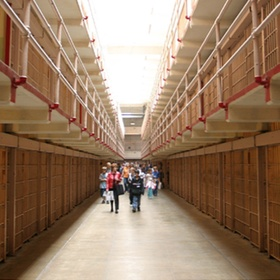 Go on Alcatraz tour - Bucket List Ideas