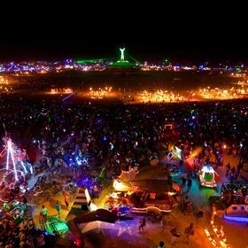 Go to the Burning Man festival in the nevada dessert - Bucket List Ideas