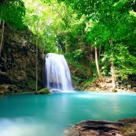 Go to Costa Rica and the Bahamas - Bucket List Ideas