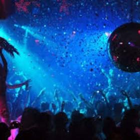 Clubbing in Austin TX - Bucket List Ideas