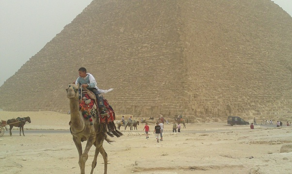 Go to the Egyptian pyraminds - Bucket List Ideas