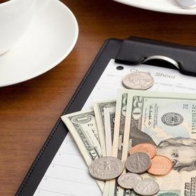 Leave a 100% tip for a waiter/waitress - Bucket List Ideas