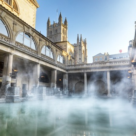 See the Roman Baths in Bath, UK - Bucket List Ideas