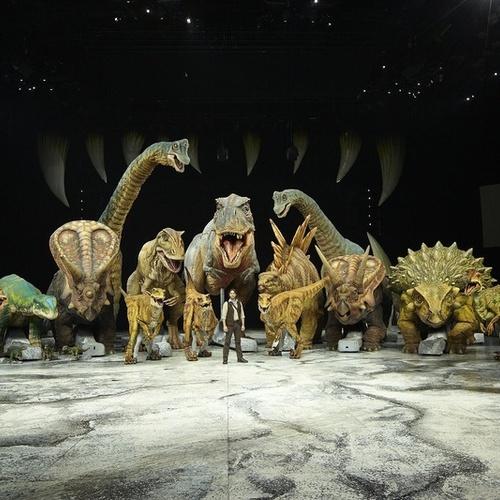 See dinosaurs - Bucket List Ideas