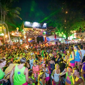 Full moon party - thailand - Bucket List Ideas
