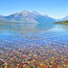 Visit Lake McDonald in Montana - Bucket List Ideas