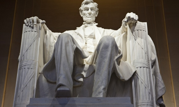 Visit the Lincoln memorial - Bucket List Ideas