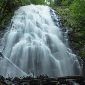 Go see the Crabtree Falls in North Carolina - Bucket List Ideas