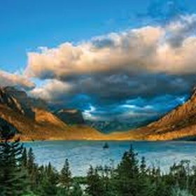 Go to Glacier National Park in Montana - Bucket List Ideas