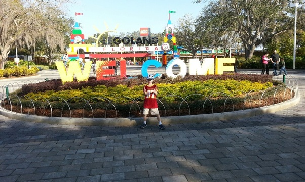 Go to legoland - Bucket List Ideas
