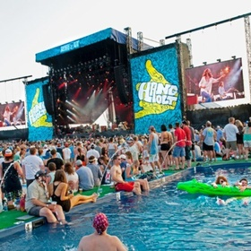 Go to The Hangout music festival in Mobile Alabama - Bucket List Ideas