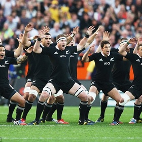 Do a superpowerful Haka dance in New Zealand with at least 10 people - Bucket List Ideas