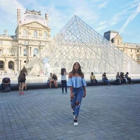 Live in paris - Bucket List Ideas