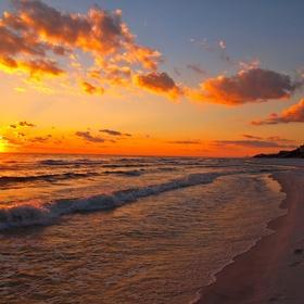 Watch the Sunset/Sunrise at the Beach - Bucket List Ideas