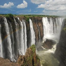 Visit the Victoria Falls - Bucket List Ideas