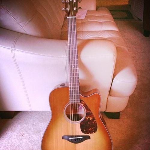 Learn to play guitar - Bucket List Ideas