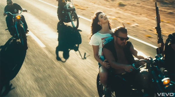Ride on the back of a motorcycle - Bucket List Ideas