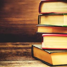Read 50 books in one year - Bucket List Ideas