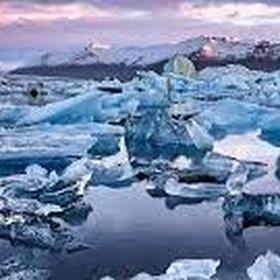 Go to Glacier Lagoon in Iceland - Bucket List Ideas