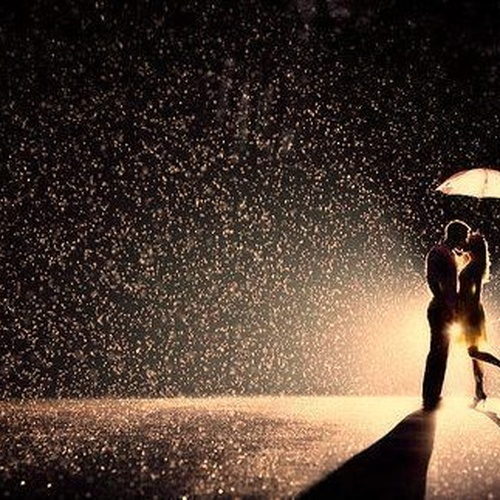 Kiss in the rain - Bucket List Ideas