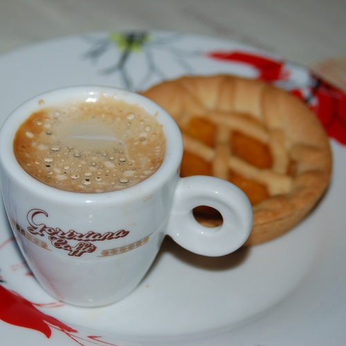 Drink Italian espresso in Italy - Bucket List Ideas