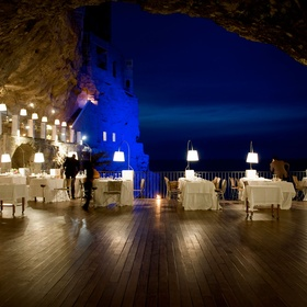 🍴Eat & Stay at Ristorante Grotta Palazzese Hotel Restaurant, Italy - Bucket List Ideas