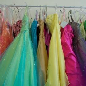 Volunteer with a prom dress organization - Bucket List Ideas
