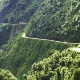Mountainbike down the death road in bolivia - Bucket List Ideas