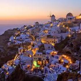 Visit santorini in greece - Bucket List Ideas