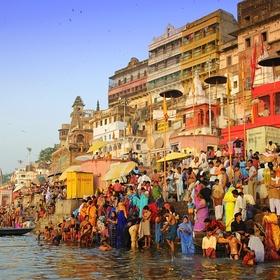 Bathe in the Ganges River - Bucket List Ideas