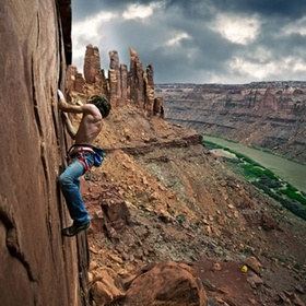Go rock climbing in Utah - Bucket List Ideas