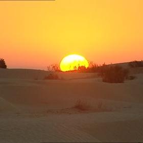 Experience a sunrise in the desert - Bucket List Ideas