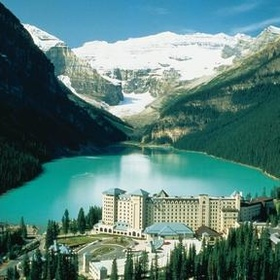 Travel the Canadian Rockies and stay at the Fairmont Lake Louise - Bucket List Ideas