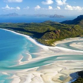 Visit Whitehaven Beach in Australia - Bucket List Ideas