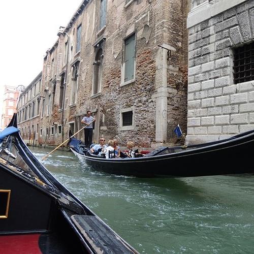 Ride a gondola in Venice, Italy - Bucket List Ideas