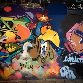 Make graffiti wall art - Bucket List Ideas