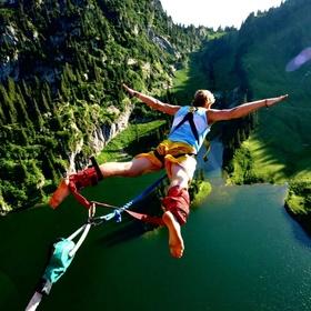 Go bunjee jumping - Bucket List Ideas