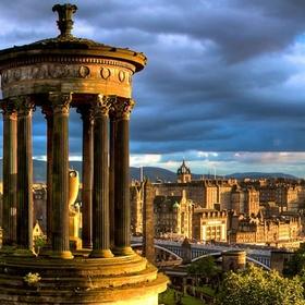 Go to Edinburgh with my best friend - Bucket List Ideas